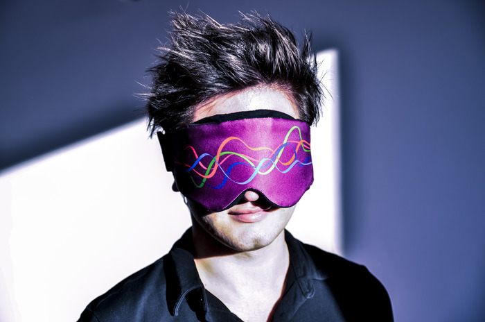 多相睡眠で効率的な睡眠が得られるアイマスク『Neuroon』がKickstarterで登場
