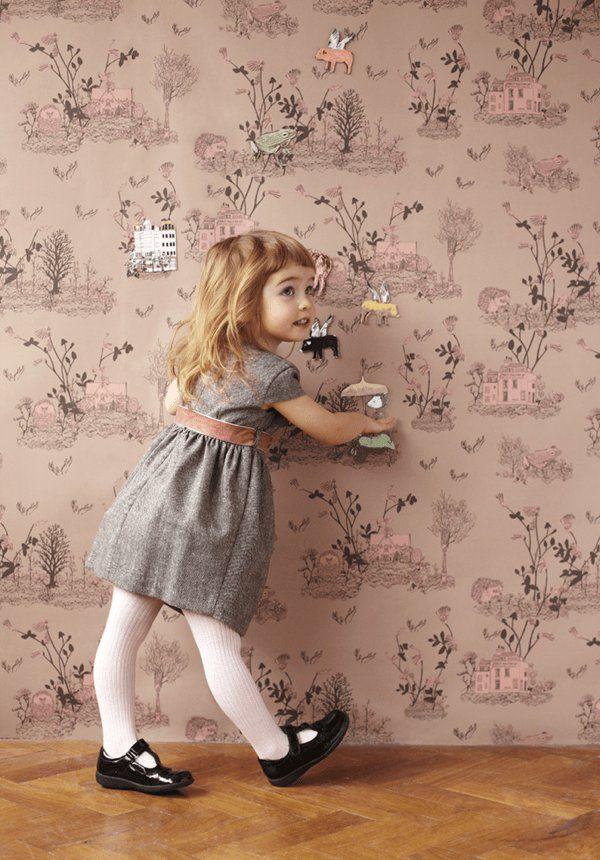 子供部屋に貼りたい!想像力を養いながら模様替えできるマグネット式の壁紙
